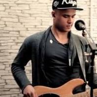 Dunkan Robertson Guitarist