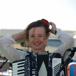 Martina Schwarz Accordionist