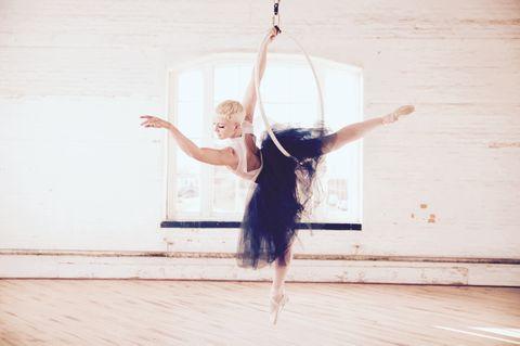 Liberté Aerial Ballet Trapeze Artist