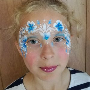 Snazzy Roo Face Painting Games and Activities