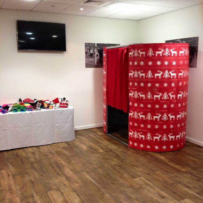 Photo Booths 4Events Limited - Photo or Video Services  - Birmingham - West Midlands photo