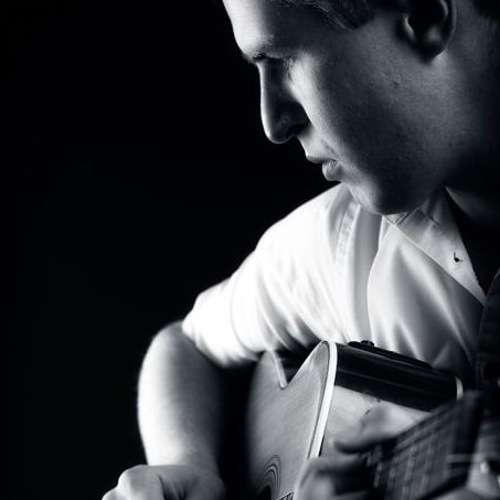 Joe Dostal Music - Solo Musician , London,  Guitarist, London