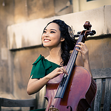 Catherine Lee Cellist