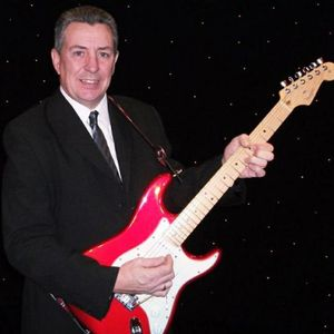 Colin Powell - Singer , Doncaster, Solo Musician , Doncaster,  Singing Guitarist, Doncaster Wedding Singer, Doncaster Live Solo Singer, Doncaster Guitarist, Doncaster