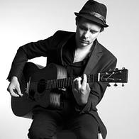 Martin Jackson Singing Guitarist