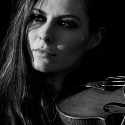 Emma Fry - Violinist and Electric Violinist - Solo Musician , London,  Violinist, London