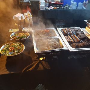 MICKNICKS HOG ROAST BBQ & GRILL Buffet Catering