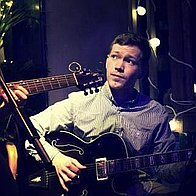 Thomas McConville Solo Musician