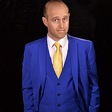 Sam Christian Magician Close Up Magician