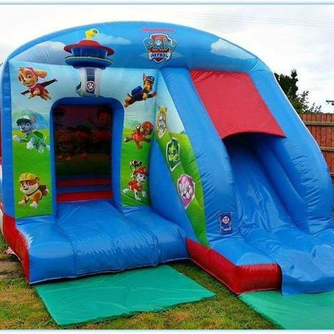 Triangle Castles Bouncy Castle