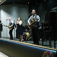 The Retrobeats Wedding Music Band
