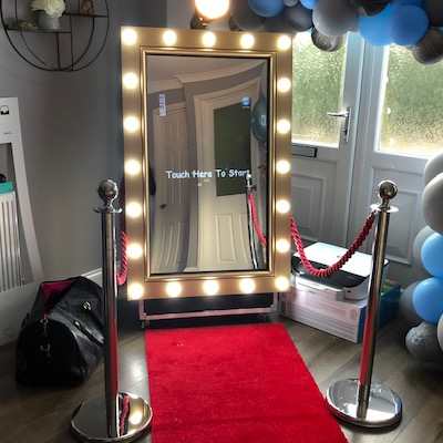 Photo Booth Hire Swindon - See Rental Prices & Customer Reviews