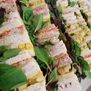 Knotts Deli & Bakery Dinner Party Catering