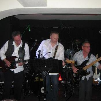 The Ailments - Live music band , Lincoln,  Function & Wedding Band, Lincoln Rock And Roll Band, Lincoln Rock Band, Lincoln