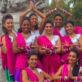 Absolute Bollywood Ltd - Children Entertainment , London, Dance Act , London,  Bollywood Dancer, London Belly Dancer, London Dance Master Class, London Dance show, London Dance Troupe, London Dance Instructor, London