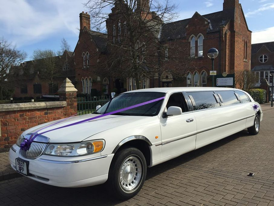 DT Limousines - Wedding car Leighton Buzzard , Bedfordshire