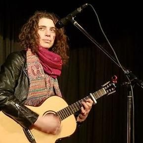Roseanna Ball - Solo Musician , Torrington,  Singing Guitarist, Torrington Guitarist, Torrington Classical Guitarist, Torrington