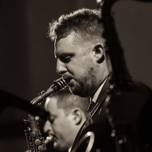 Mike Sax Swing Band