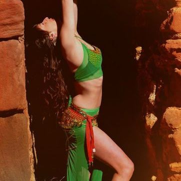 Edinburgh Bellydancing  Lara - Dance Act , Edinburgh,  Belly Dancer, Edinburgh Dance Troupe, Edinburgh Dance Instructor, Edinburgh Latin & Flamenco Dancer, Edinburgh Dance show, Edinburgh