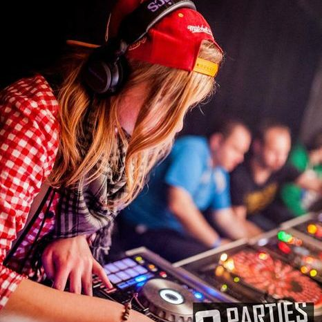 Djane Lana - DJ , Burton On Trent, Event planner , Burton On Trent,  Wedding DJ, Burton On Trent Party DJ, Burton On Trent Club DJ, Burton On Trent Event planner, Burton On Trent