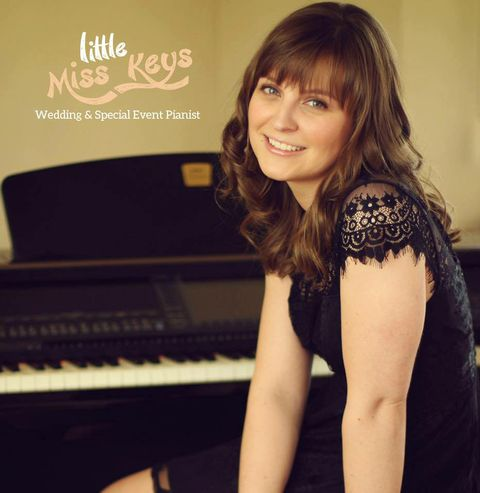 Little Miss Keys Pianist