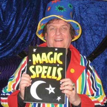 Nick Magic - Children Entertainment , Hampshire, Magician , Hampshire,  Close Up Magician, Hampshire Table Magician, Hampshire Wedding Magician, Hampshire Children's Magician, Hampshire