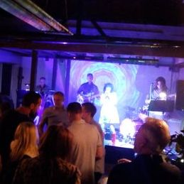 Cool Vibes - Live music band , Kent, Tribute Band , Kent,  Function & Wedding Band, Kent 60s Band, Kent 70s Band, Kent 80s Band, Kent Vintage Band, Kent Pop Party Band, Kent Festival Style Band, Kent