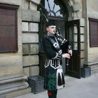 Eddie Seaman - Solo Musician , Glasgow, World Music Band , Glasgow,  Ceilidh Band, Glasgow Bagpiper, Glasgow