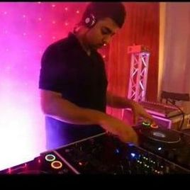 Asian Dj Manchester - DJ , Manchester, Singer , Manchester,  Wedding DJ, Manchester Mobile Disco, Manchester Party DJ, Manchester Club DJ, Manchester
