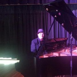 Dr Ivor E Keys - Solo Musician , Middlesbrough,  Pianist, Middlesbrough