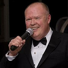 Steve Ritchie  Solo Singer & Mobile DJ Wedding DJ
