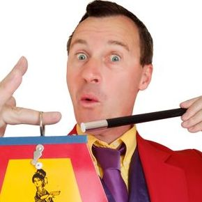 Andy Hiccup - Children Entertainment , West Sussex,  Children's Magician, West Sussex Balloon Twister, West Sussex Clown, West Sussex