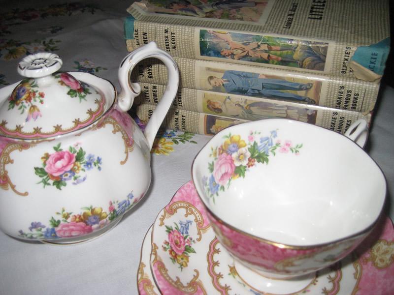Valeries Vintage - Event Equipment  - Bedfordshire - Bedfordshire photo