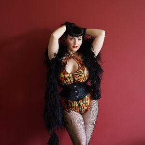 Freida Nipples Burlesque Dancer