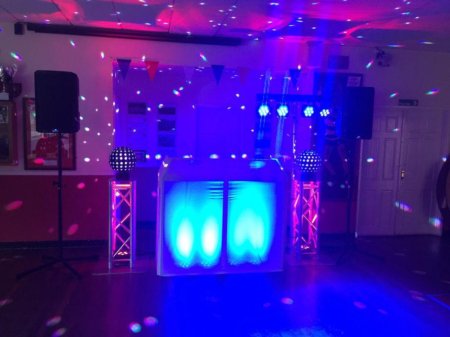 Dj Callan Farrell - DJ Event Equipment  - Cardiff - Glamorgan photo