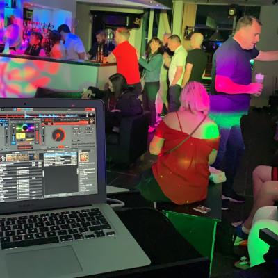 L & L Entertainment Mobile Disco & Karaoke DJ