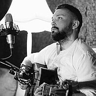 J.R. Hemingway Singing Guitarist
