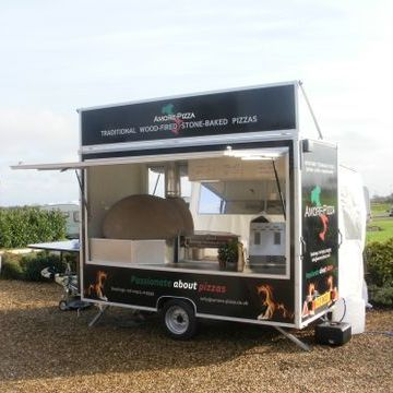 Amore-Pizza - Catering , Cheshire,  Hog Roast, Cheshire Food Van, Cheshire Pizza Van, Cheshire Mobile Caterer, Cheshire Street Food Catering, Cheshire Mobile Bar, Cheshire