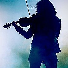 Josie - Electric & Acoustic Fiddle (Violin), Flute: Rock, Pop, Folk, Irish & more Singing Guitarist