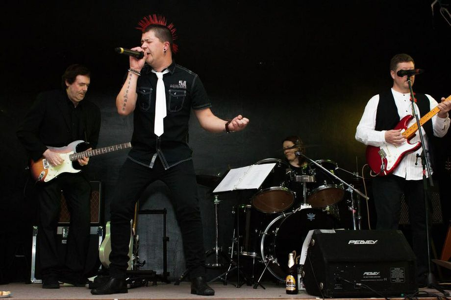 The Revival Band - Live music band Tribute Band  - Cheshire - Cheshire photo