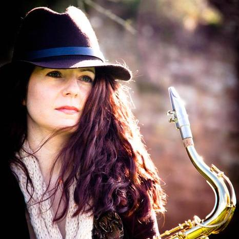 Smooth Sax - Danielle Harriss Solo Musician
