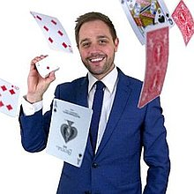 Tim Lichfield | Magician & Entertainer Table Magician