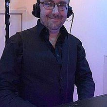 DJ Les Dickens Mobile Disco