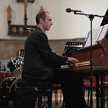 Matthew OConnor Singing Pianist