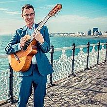 Duncan - Classical Guitarist Solo Musician