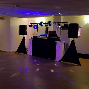 SOUTH COAST DJ Aceofdan Mobile Disco Wedding DJ