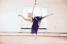 Liberté Aerial Ballet Dance Instructor