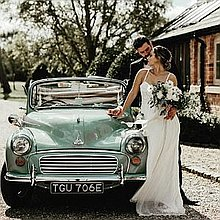Doris the Morris Vintage & Classic Wedding Car