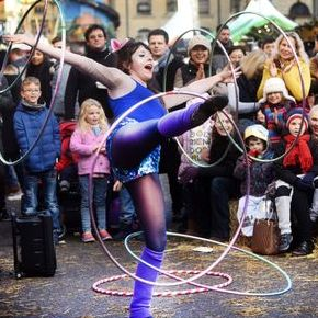 Nula Hula - Children Entertainment , Shropshire, Circus Entertainment , Shropshire,  Circus Entertainer, Shropshire