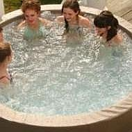 Four Seasons Hot Tub Hire Hot Tub
